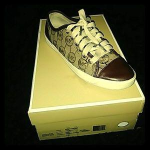 Michael kors shoes size 6.5